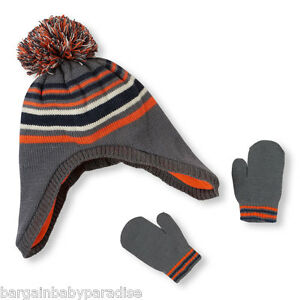 NWT The Children's Place Pom Pom Hat & Mittens Set - S 12-24 M - MSRP $18.95