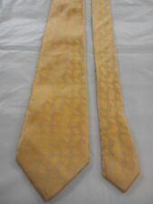 Saks Fifth Avenue Men's Vintage Silk Tie in a Golden Yellow Paisley Pattern