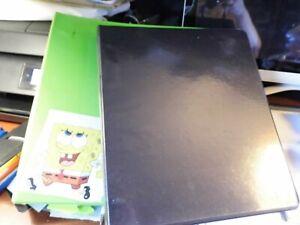 "Avery Dennison 1.5"" Green Binder W/ Inner Envelope Pocket & 1"" Black Binder"