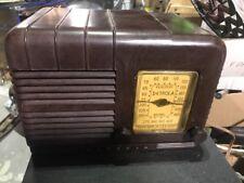 Detrola 393 Split Grill Bakelite Radio. AM only. Rare Vintage. Deco Art.