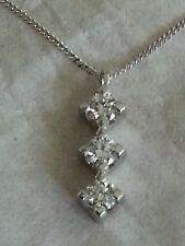 Girocollo collana trilogy oro bianco 18 kt e diamanti naturali  0,21 ct