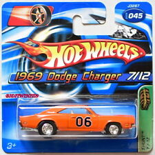 HOT WHEELS 2006 TREASURE HUNT 1969 DODGE CHARGER #045 SHORT CARD W+