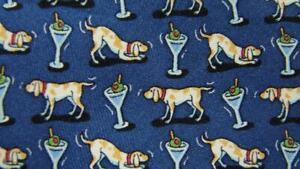 VINEYARD VINES DARK BLUE DOG WITH DRINK MADE IN USA SILK NECKTIE TIE HSE0819