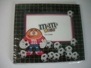 M&M's WORLD GLASS SOCCER PICTURE FRAME MARS INC. M&M COLLECTIBLE NEW UNOPENED