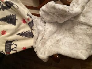 Handmade Super Soft Moose Fleece With Snow Leopard Fur Faux XL Blanket