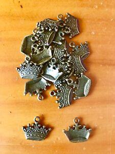 Antique Bronze Crown charms / pendants x 15