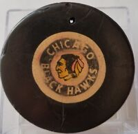 READ! VINTAGE VICEROY OFFICIAL GAME  PUCK  CHICAGO BLACKHAWKS canada 1977-83