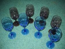 1 lot of 8 Vintage light 4 Amethyst Purple/ 4 Blue Wine Glasses. Mint Condition