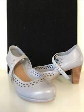 Ladies New Clarks Shoes Size 4 D Grey Heels