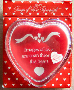 "Vntg 1983 Avon ""IMAGES OF LOVE"" Fostoria Valentines Paperweight/Photo Frame -NEW"