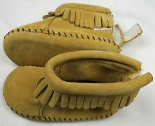 Minnetonka Moccasins Baby Infant Size 2 1187 Tan Back Flap Shoes Bootie Fringe