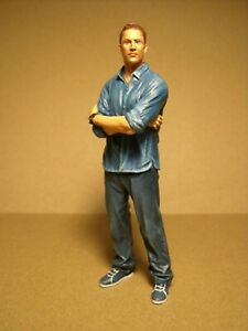 FIGURINE 1/18  FAST AND FURIOUS  WALKER  VROOM  A PEINDRE  FOR  MATTEL