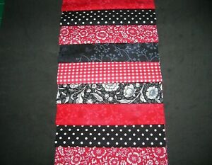 """48 x 5"""" CHARM PACK SQUARES BLACK & RED  100% COTTON PATCHWORK/QUILT/CRAFTS BRD"""