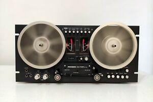 Pioneer RT-707 vintage Tonbandgerät. Japan - schwarze Farbe -reverse-