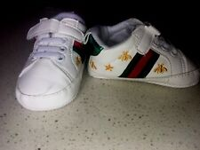 Baby Crib Crawler Shoes - Unisex Pull On Sneakers