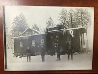 VINTAGE ORIGINAL PHOTOGRAPH OF S. P. CENTRAL PACIFIC TRAIN 55 W/ HARRY AND 3 MEN
