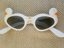 Vintage 1960's Foster Grant Fg Sunglasses Cat Eye with Duck Head Rare Small Size