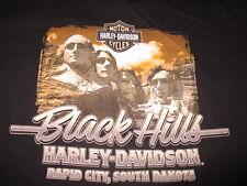 2011 HARLEY DAVIDSON MOTOR CYCLES BLACK HILLS Rapid City SK (MED) T-Shirt