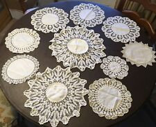 VINTAGE LOT OF 10 BEAUTIFUL, WHITE, CROCHET DOILIES LINEN CENTERS RESELL LOT 3