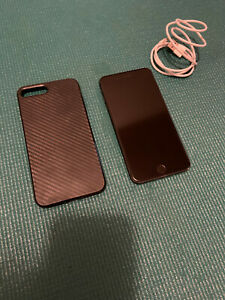 Apple iPhone 8 Plus - 256GB - Space Gray (Unlocked) A1864 (CDMA + GSM)