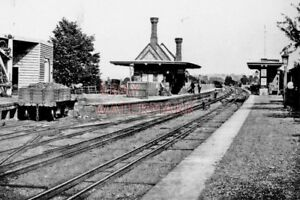 PHOTO  PANGBOURNE RAILWAY STATION 1896