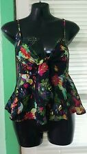 NWT Spaghetti Straps Blouse women Floral Size L Juniors.