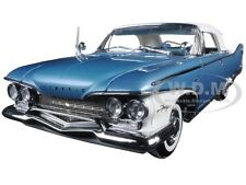 1960 PLYMOUTH FURY CLOSED CONV BLUE/WHITE 1:18 PLATINUM EDITION SUNSTAR 5412