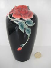 RARE VINTAGE FRANZ PORCELAIN  BLACK AND RED ROSE  VASE FZ0002 SIGNED MINT