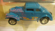 2001 Johnny Lightning Willys Gassers 1933 Willys blue with pink flames