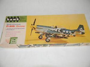 HAWK NORTH AMERICAN P-51D MUSTANG model airplane kit 1/48 SCALE