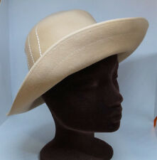 "FAVORITE Vintage Women's Felt Hat Tan Beige with Ivory Stitching 54.5 cm / 21.5"""