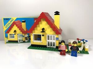 LEGO Vintage Set 6360-1 Weekend Cottage Classic Town With Instructions 1986