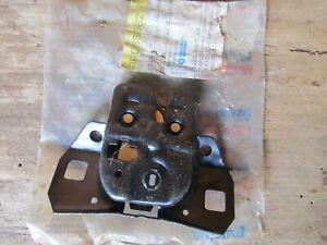 NOS OEM Mopar Trunk Lock Latch 4378281 Chrysler Dodge Eagle