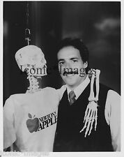 ORIGINAL 1983 PHOTO-IRA FLATOW-NEWTON'S APPLE-DEAD EARNEST-SKELETON-FUNNY-COMEDY