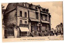 CPA 35 - VITRE (Ille et Vilaine) - 12. Vieilles Maisons Place de la République