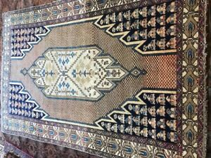 Antique PersianMazlaghan Hand made rug  197x130cm / 6.6x4.7
