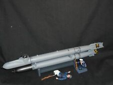 THOMAS GUNN KM005 WW2 GERMAN MARDER SUBMARINE,WITH TWO KRIEGSMARINE FIGURES.