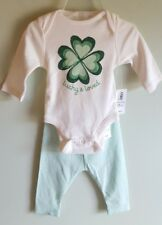 NEW Old Navy Girls 0-3 MONTH Bodysuit Outfit LUCKY & LOVED Green St. Pats #21418