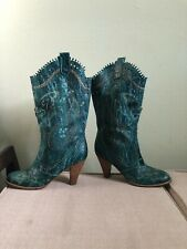 ANNA SUI Butterfly Embroidered Green Embossed Leather Cowgirl Heels Boots 40