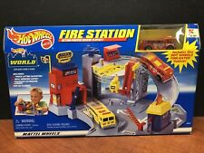 Hot Wheels 1998 Fire Station Playset Factory Sealed Dela1314