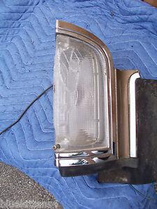 1969 ELDORADO RIGHT MARKER LIGHT CRACKED BROKEN SEE PHOTOS OEM USED CADILLAC