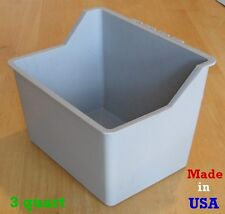 One Gray 3 Quart Hanging Water Feed Cage Cup Poultry Chicken Dog Cat Bowl