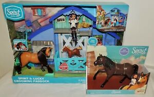 NEW Spirit & Lucky DELUXE GROOMING PADDOCK w/21 Pcs + BONUS Espada HORSE
