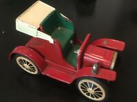 Vintage Toy Tin Friction Model A/T Car Made in Japan works