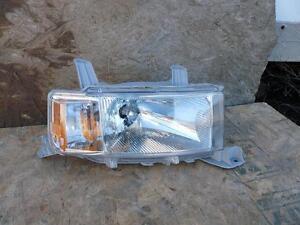 04 05 06 TOYOTA SCION XB Headlight Head Lamp OEM