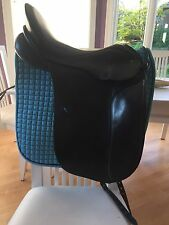 Horse Saddle - Schleese Dressage Saddle - Black