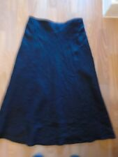 BLACK LINEN SKIRT FULLY LINED IN VERY GOOD CONDITION 32 INCH WAIST 34.5 INCHES L