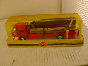 MODEL POWER PLAYART 1:48 SCALE RED AMERICAN LA FRANCE FIRE ENGINE SNORKEL TRUCK