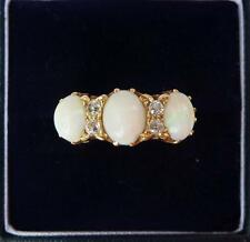 Beautiful 18ct gold victorian Opal and Diamond ring