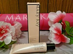 Mary Kay Foundation Primer Sunscreen Broad Spectrum SPF 15 Full Size 054105